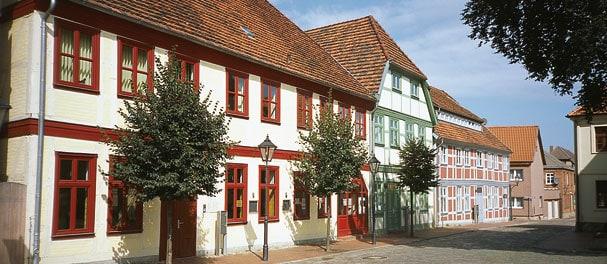 Zahlreiche Fachwerkhäuser bestimmen das Bild von Neustadt-Glewe.