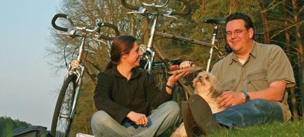 Eine Radtour um Neustrelitz zeigt die Schätze von Natur und Kultur.