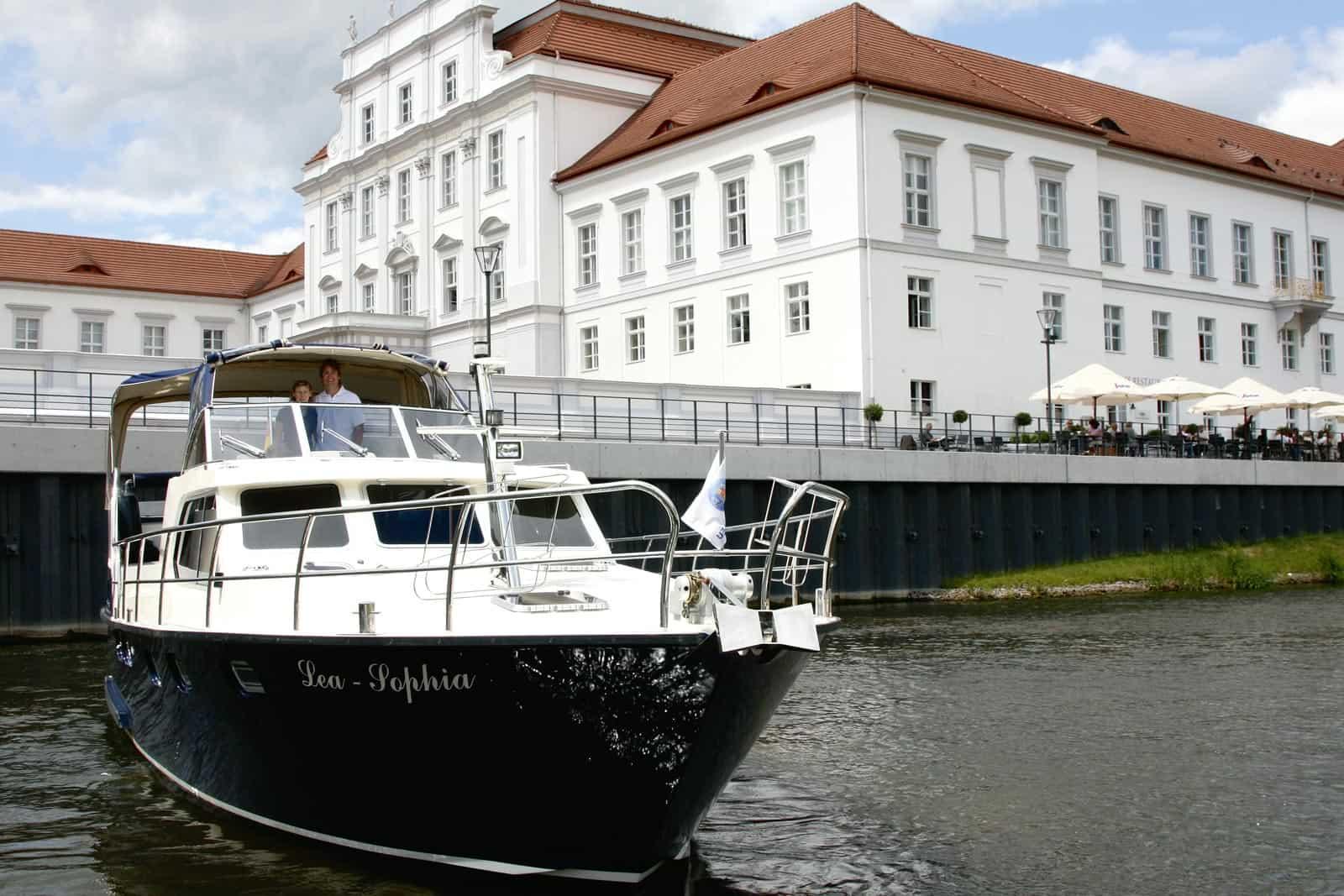 Schloss Oranienburg, Finowkanal @Magazin Seenland