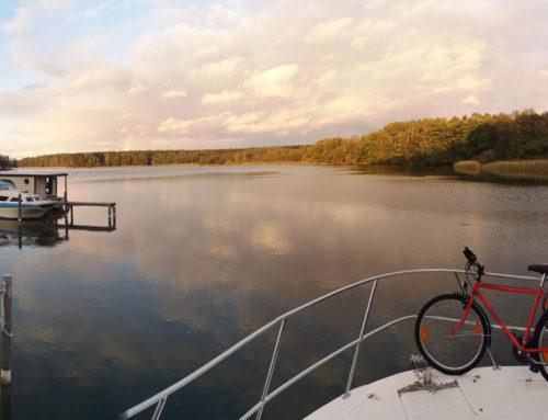 Hausboot-Urlaub im Herbst